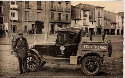 El primer coche en el pueblo