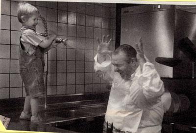 Duchando al cocinero